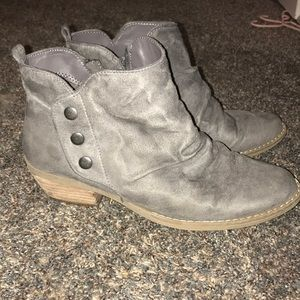 Gray booties, size 9 suede material.